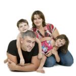 משפחת שניידר ביום כיף בצילומי סטודיו