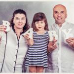 צילומי משפחה עם אותיות ביבי