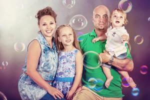 צילום משפחה בסטודיו באווירה קייפית